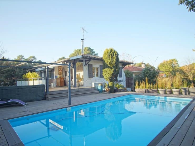 Arcachon – Abatilles / Grande villa avec piscine