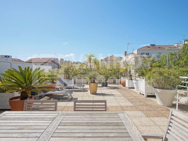 Exclusivité / Arcachon – Centre / T5 en attique de 152 m² sur terrasse de 85 m² plein Sud