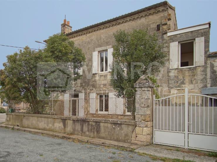 Exclusivité / Saint-Estèphe – Canteloup / Maison en pierre